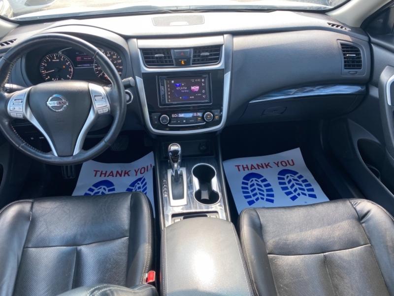 Nissan Altima 2018 price $14,590