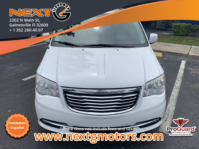 Chrysler Town & Country 2014 price $8,350