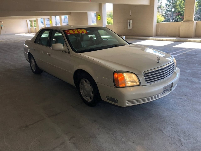 Cadillac DeVille 2002 price $4,299