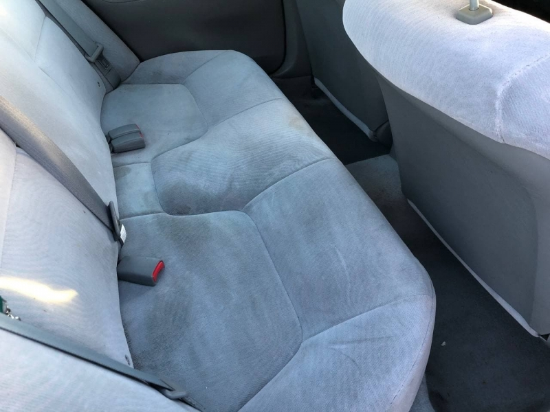 Mitsubishi Galant 2003 price $2,995