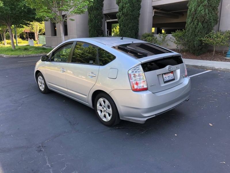 Toyota Prius 2008 price $5,495