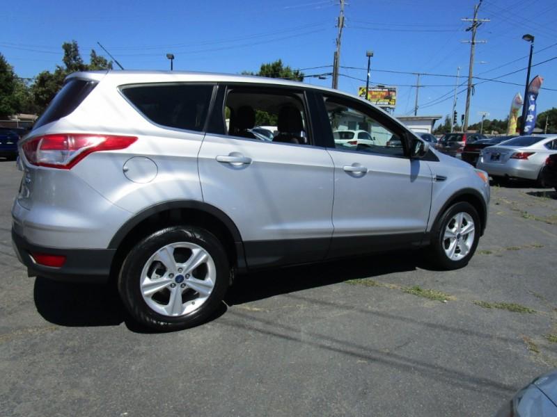 Ford Escape 2013 price $9,500