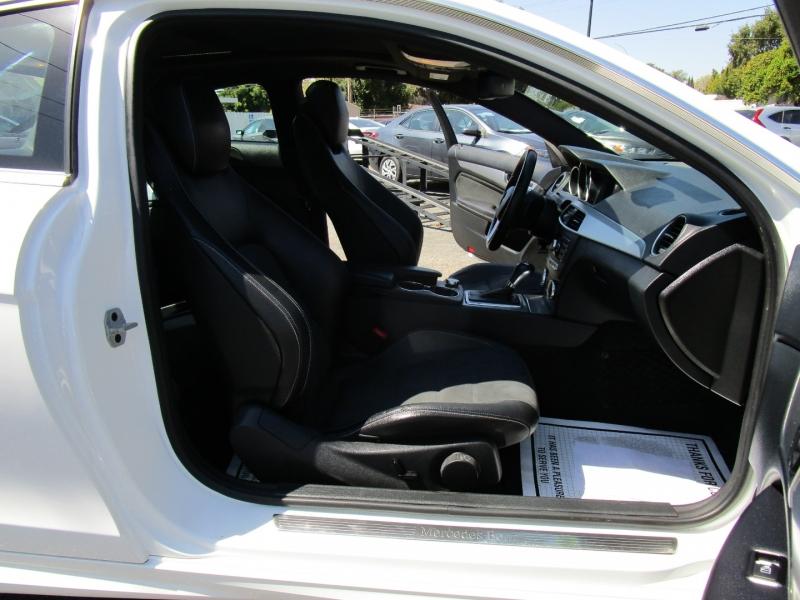 Mercedes-Benz C-Class 2015 price $16,500