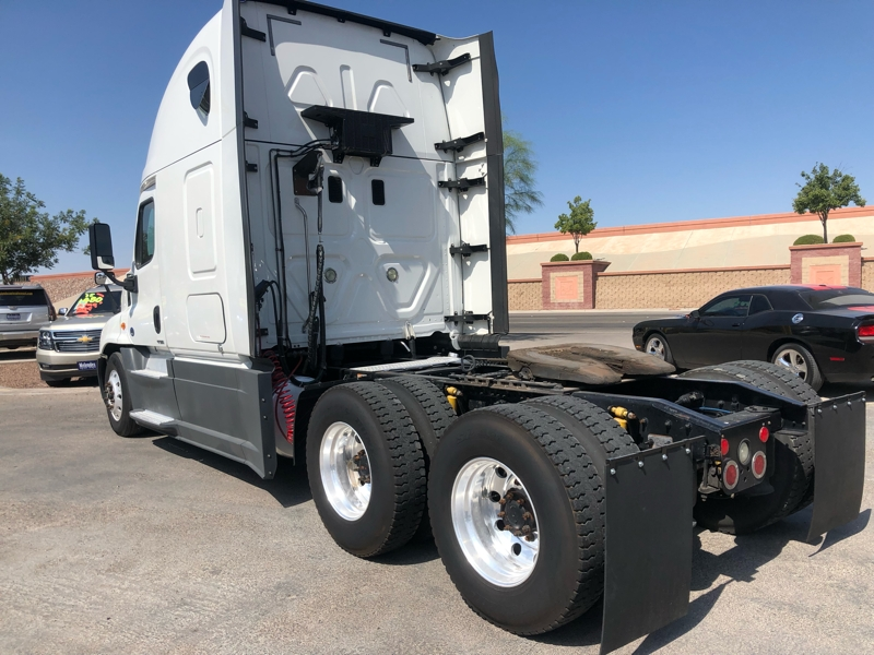 Freightliner Cascadia 2016 price $43,995