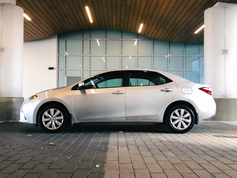 Toyota Corolla 2015 price $14,800