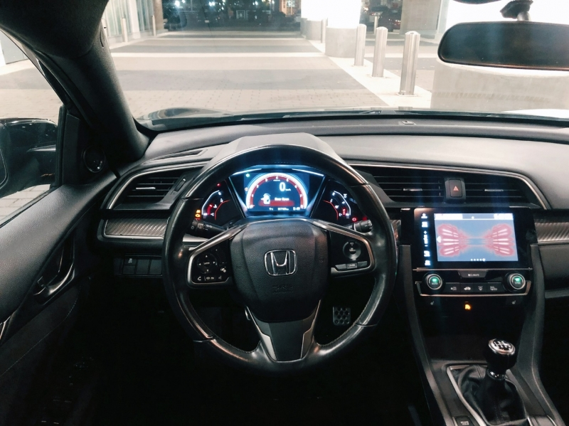 Honda Civic Hatchback 2018 price $17,500