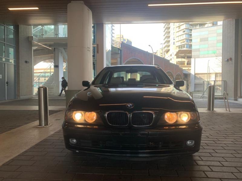 BMW 5-Series 2001 price $0