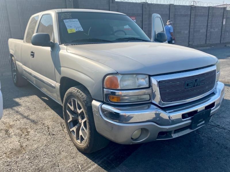 GMC Sierra 1500 2004 price $6,295 Cash