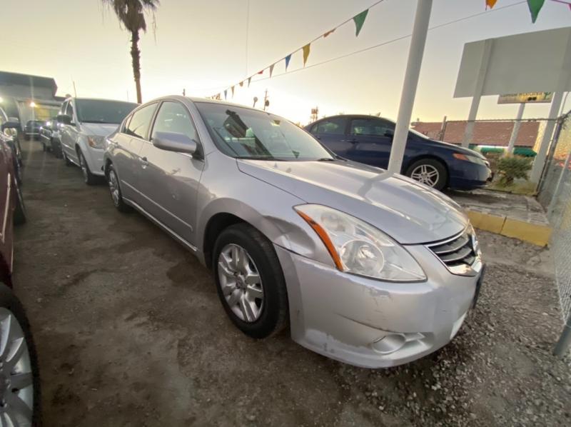 Nissan Altima 2011 price $3,695 Cash