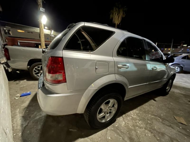 Kia Sorento 2006 price $3,695 Cash