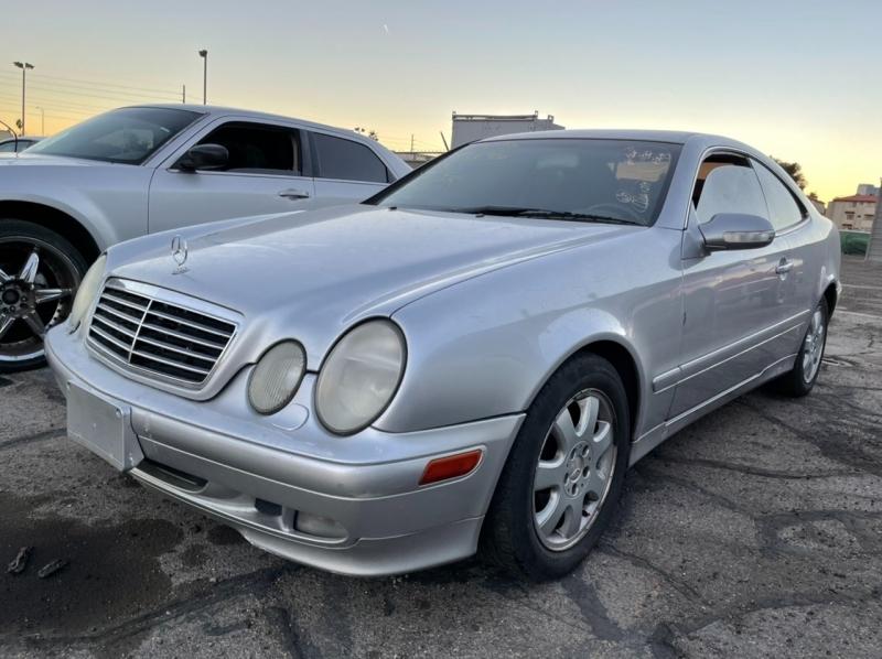 Mercedes-Benz CLK-Class 2001 price $3,695 Cash