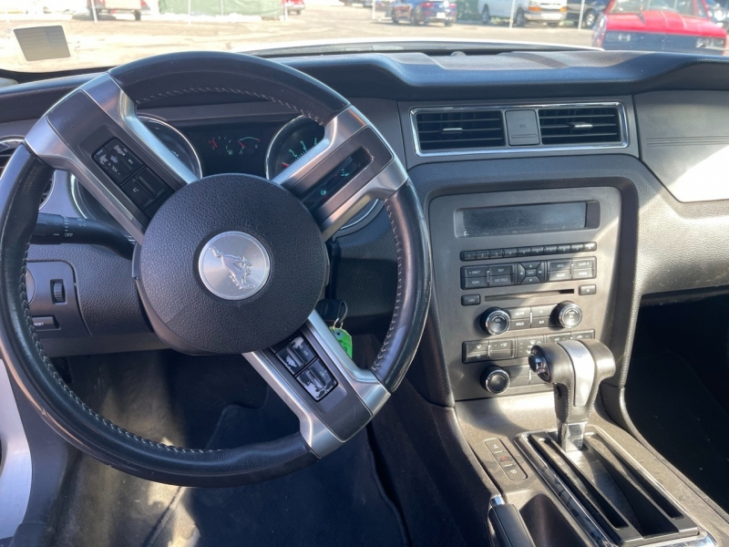 Ford Mustang 2012 price $8,495 Cash