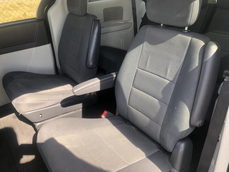 Dodge Grand Caravan 2009 price $5,495