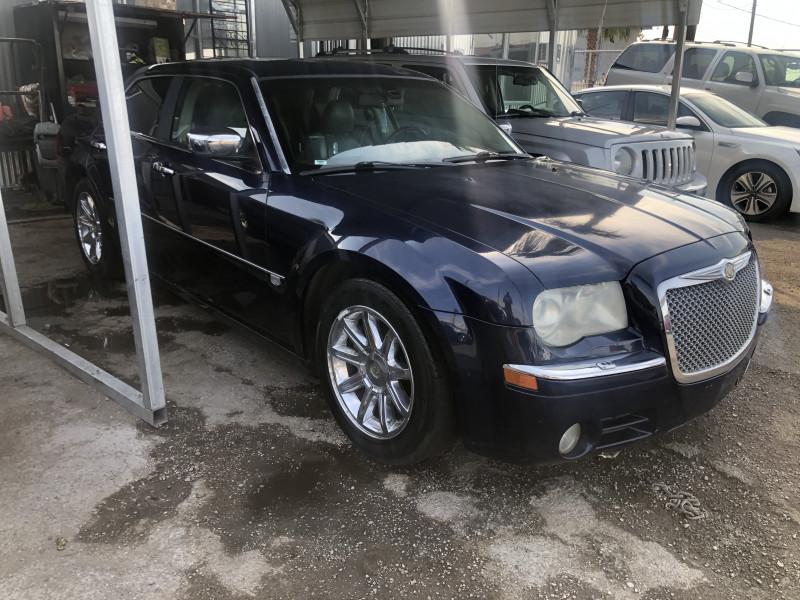 Chrysler 300-Series 2006 price $4,495