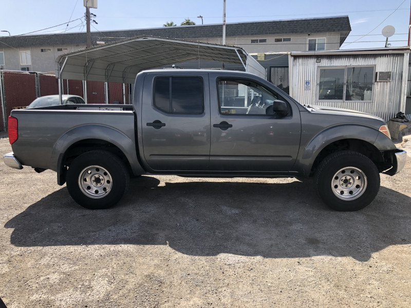 Nissan Frontier 4WD 2005 price $8,495