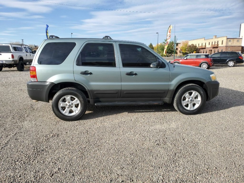 FORD ESCAPE 2005 price $4,294