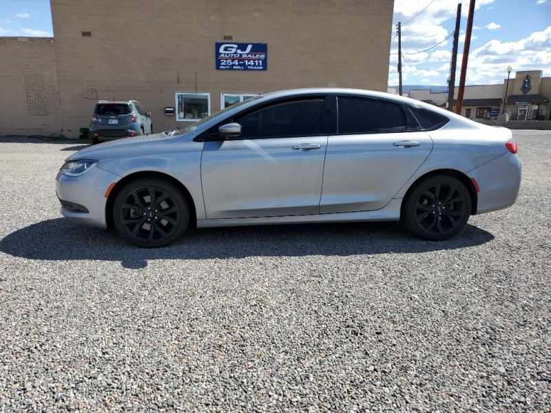 CHRYSLER 200 2015 price $16,294