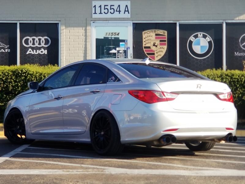 Hyundai Sonata 2013 price $8,799
