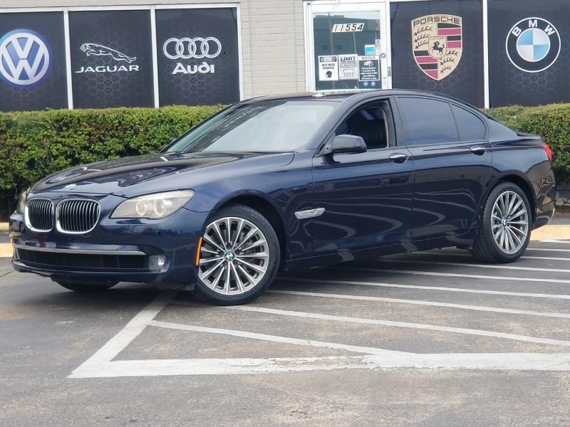 BMW 7-Series 2011 price $12,299