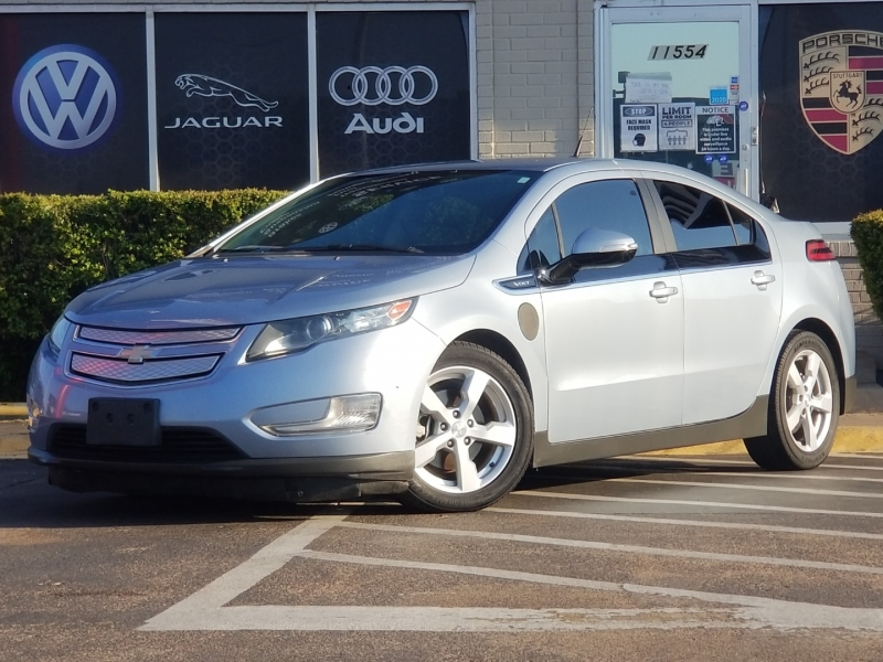 Chevrolet Volt 2013 price $7,499