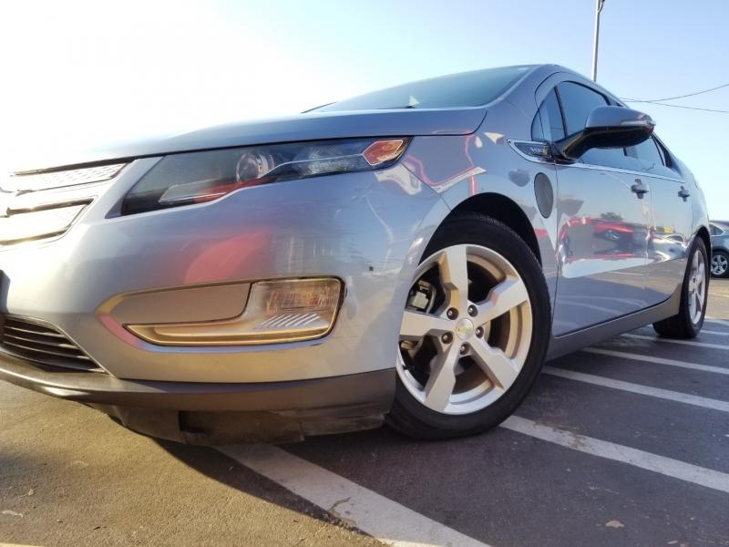 Chevrolet Volt 2013 price $7,999