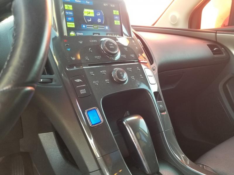 Chevrolet Volt 2013 price $7,699