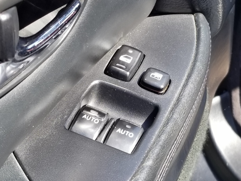 Lexus SC 430 2002 price $7,899