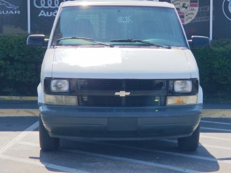 Chevrolet Astro Cargo Van 2000 price $4,899