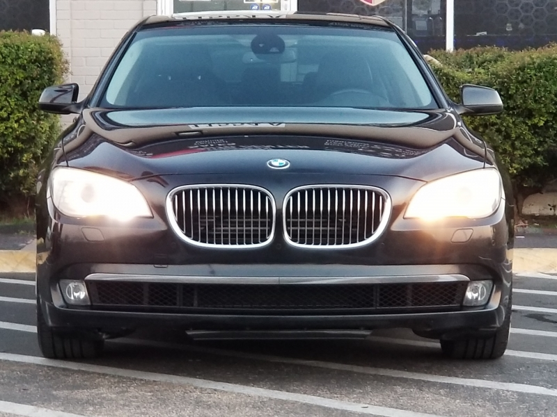 BMW 7-Series 2012 price $11,999