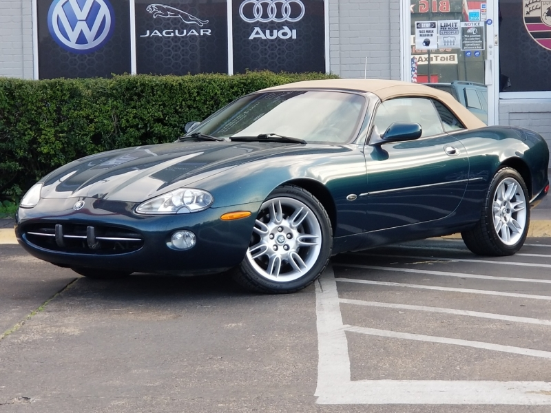 Jaguar XK8 2002 price $8,299
