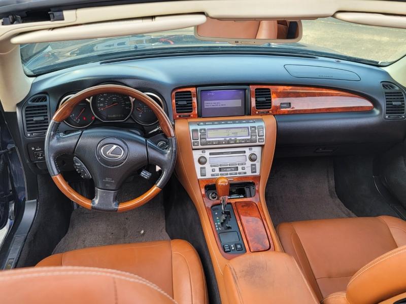 Lexus SC 430 2004 price $10,999