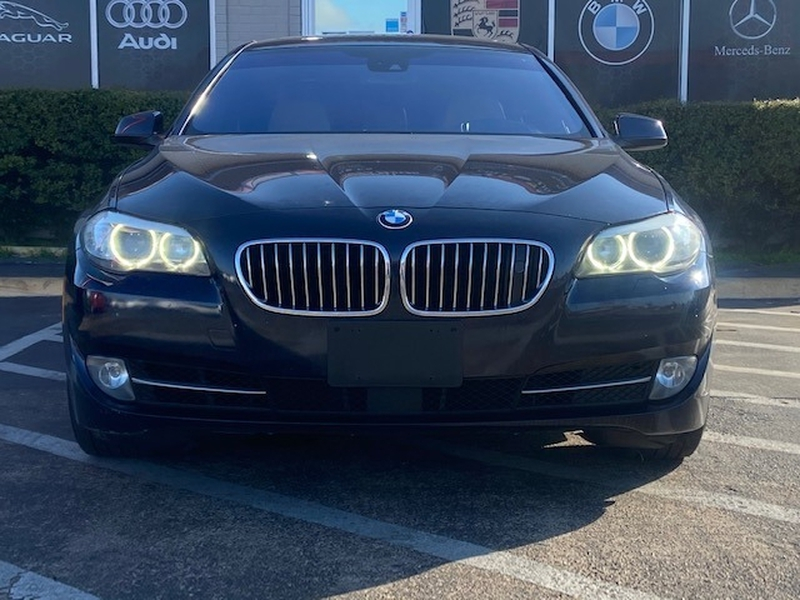 BMW 5-Series 2011 price $8,999