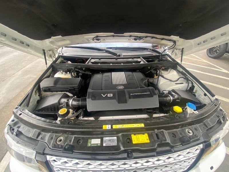 Land Rover Range Rover 2012 price $15,699