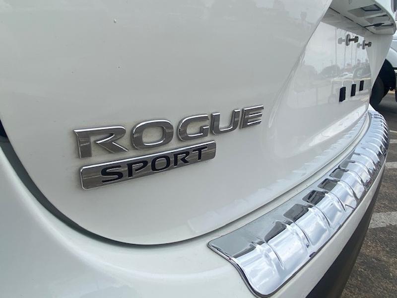 Nissan Rogue Sport 2017 price $14,999
