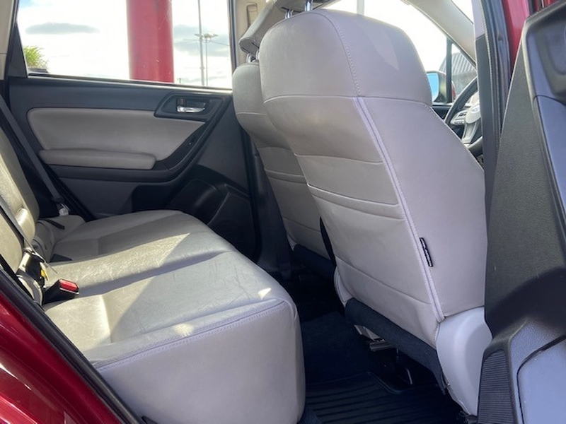 Subaru Forester 2015 price $9,999