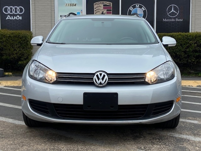 Volkswagen Golf Wagon 2012 price $8,999