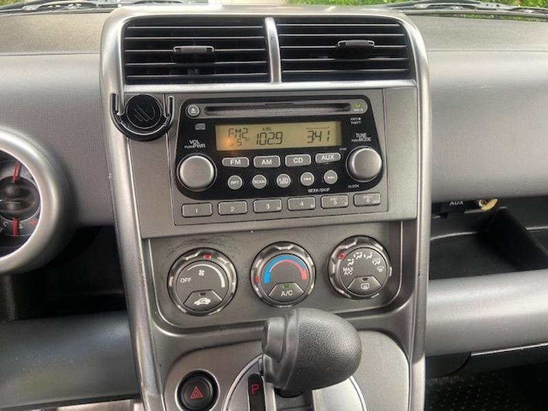 Honda Element 2004 price $4,999