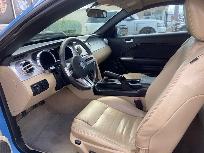 Ford Mustang 2005 price $9,499