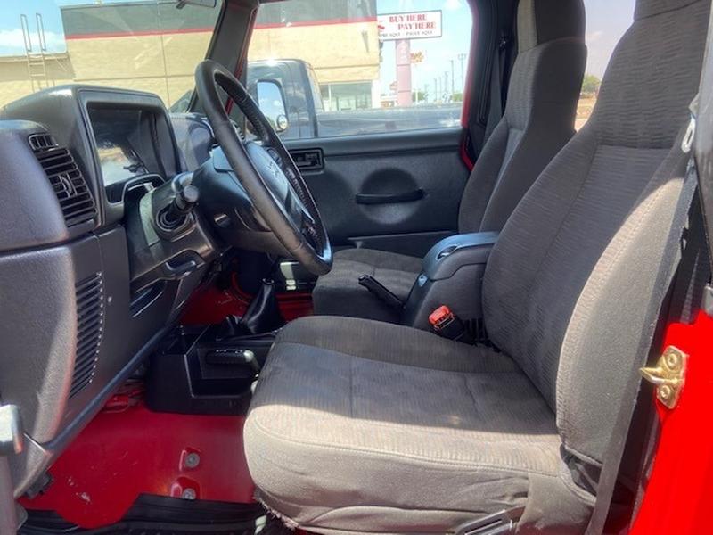 Jeep Wrangler 2005 price $10,999