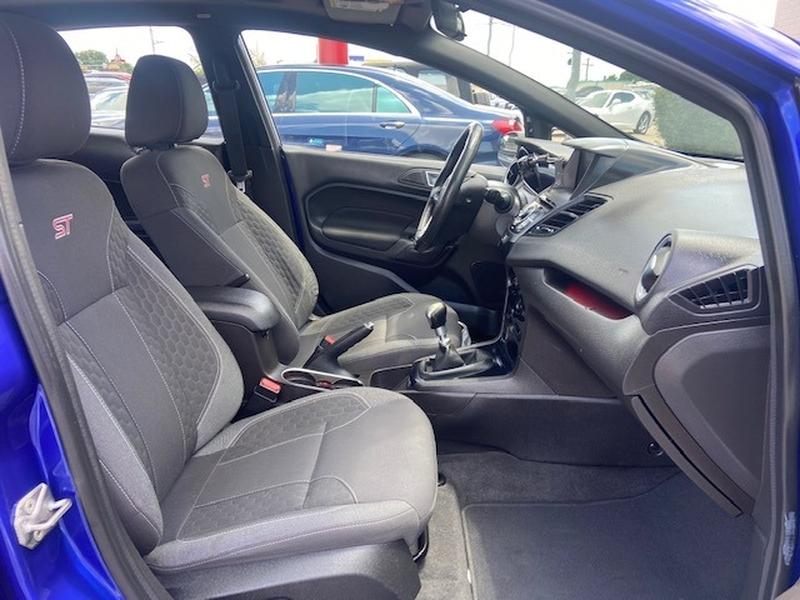 Ford Fiesta 2014 price $10,499