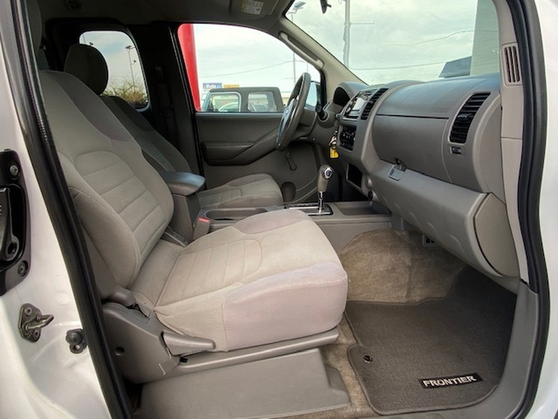 Nissan Frontier 2010 price $8,999