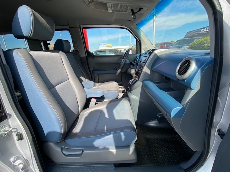 Honda Element 2004 price $4,499