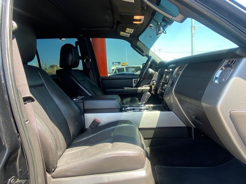 Ford Expedition 2013 price $17,999