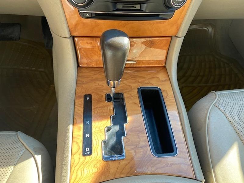Chrysler 300 2013 price $11,499