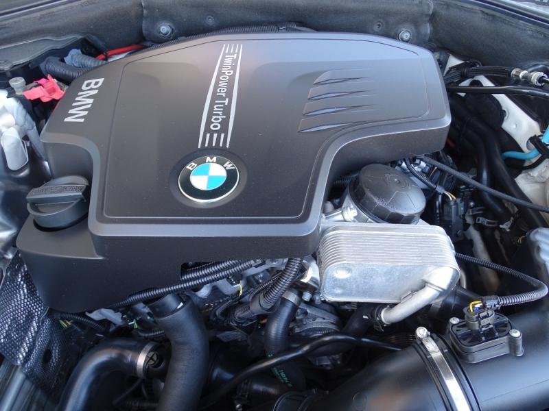 BMW 5-Series 2015 price $13,995