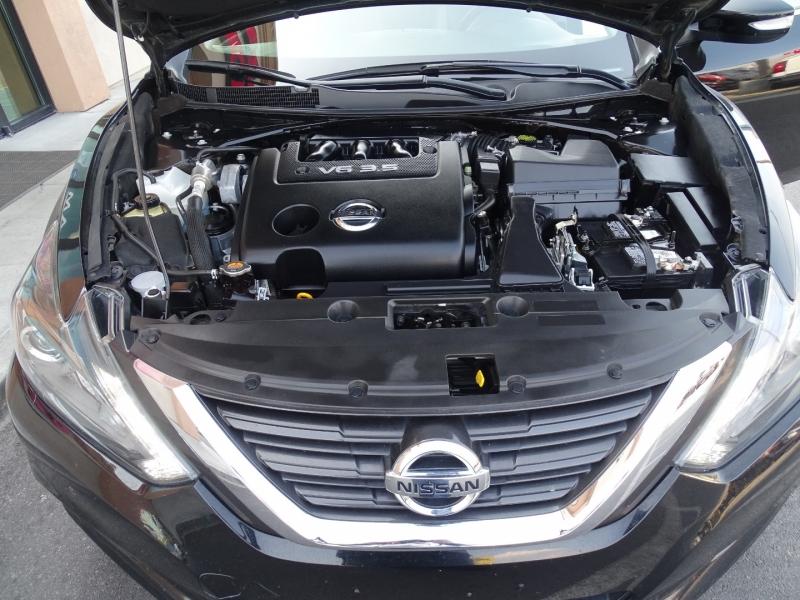 Nissan Altima 2017 price $17,995
