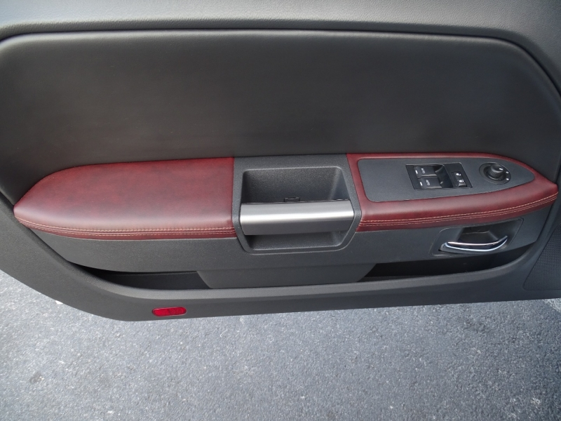 Dodge CHALLENGER 2014 price $25,999