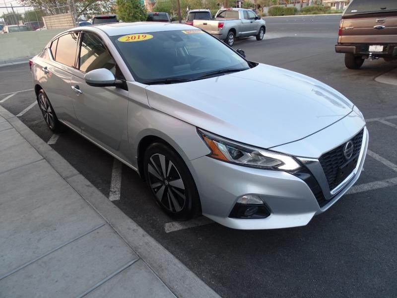 Nissan Altima 2019 price $19,995