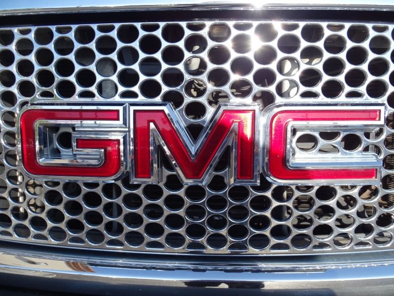 GMC Sierra Denali 2008 price $19,995