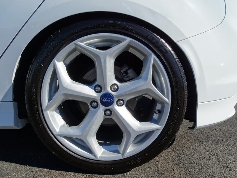 Ford Focus 2014 price $13,995